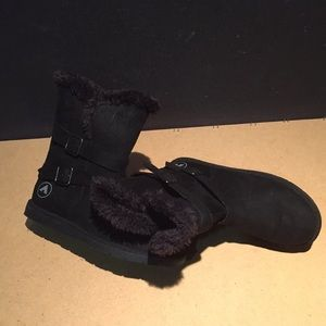 AirWalk Black Boots